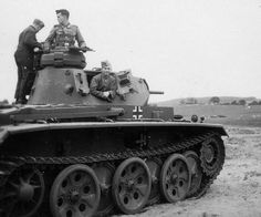 "Panzer III Ausf.G/H prototype with new large overlapping road wheels ""FAMO"" suspension. In 1940-41."