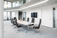 Fina conference: Sophisticated functionality creates room for the essentials http://www.brunner-group.com/en/products/products-alphabetically/fina-conference.html #conference #furniture