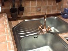 Favolosa opportunità di acquisto per RINNOVO MOSTRA cucina in muratura della APM, modello Contrada a soli 5.900 euro + spese di trasporto e montaggio (pari al 7%). Vedi scheda di presentazione su Facebook...
