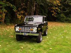 Ford Bronco prrrrrrr---- My dad had a red bronco! It was so fun to ride in! I just wish he hadn't sold it :(