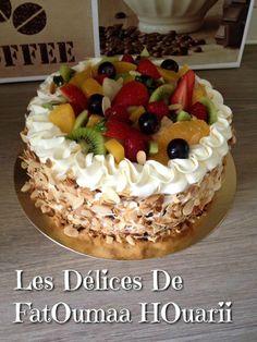 Multifruit Cake – The Delices Of FatOumaa HOuariii: Receptenboek – Leckere Rezepte Chocolate Raspberry Mousse Cake, Fruit Cake Design, Bithday Cake, Fresh Fruit Cake, Cake Recipes, Dessert Recipes, Pastry Cake, Sweet Potato Recipes, Dessert Table