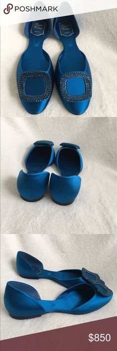 Roger Vivier blue chip ballerina Beautiful authentic Roger Vivier blue chip ballerina perfect for all occasions! Never worn before and is in perfect condition. Comes with its original box and dust bag.     **No trade** Roger Vivier Shoes Flats & Loafers