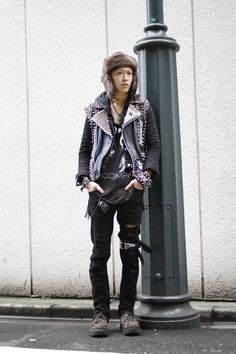 be6ba195fef Why even bother with the jacket if your going to freeze anyways  Street  Fashion Trends
