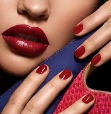 Afbeeldingsresultaat voor red nail polish