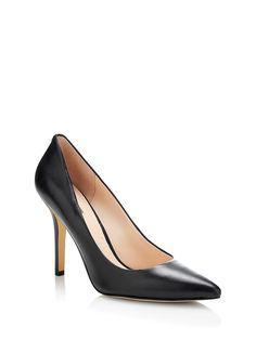 Plasmia leather Court Shoe | GUESS.eu