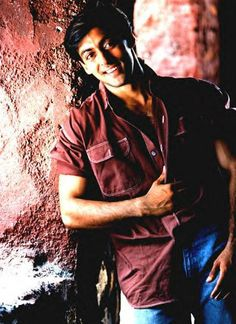 Improving day by day not only by looks but also by skills-acting^ & ya learnt from yur mistakes too! Love Your Smile, When You Smile, Love You Baby, Salman Khan Young, Salman Khan Photo, Bollywood Couples, Bollywood Stars, Indian Celebrities, Bollywood Celebrities