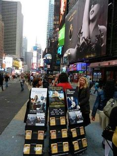 New York N.Y. USA -Publicly Sharing God's Word The Bible announcing God's Kingdom to Come on Earth! - JW.org -