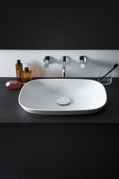 Laufen Ino Laufen Bathrooms, Ceramic Materials, Bathroom Sets, Basin, Furniture Design, Blog, Home Decor, Trough Sink, Toilet Room