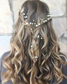 Trend Fashionist: 36 Beautiful Bridal Hairstyles Ideas For Long Hair Engagement Hairstyles, Graduation Hairstyles, Wedding Hairstyles For Long Hair, Vintage Hairstyles, Bridal Hairstyle, Hairstyle Ideas, Bridal Updo, Long Hair Wedding Styles, Wedding Hair Down