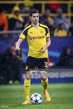 Julian Weigl of Dortmund controls the ball during the UEFA Champions League Quarter Final first leg match between Borussia Dortmund and AS Monaco at Signal Iduna Park on April 12, 2017 in Dortmund, Germany.