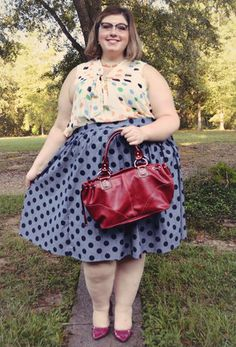 This chambray skirt - part of our ModCloth namesake label - is soon to be your favorite to mix,. Pear Fashion, Curvy Women Fashion, Fashion Beauty, Fashion 2020, Plus Size Clothing Stores, Plus Size Fashion Blog, Plus Size Girls, Style Challenge, Vintage Shorts