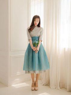 Modern-Hanbok-Korean-Tranditional-Dress-Mini-Flower-Pattern-Skyblue