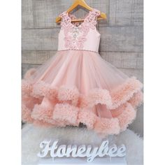 ---Katherine dress--- #welovesdetail #honeybeekids #honeybee_kids