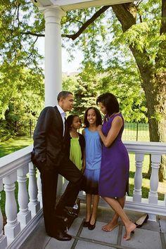 President Barack Obama With 1st Lady Michelle Obama With Daughters Malia Obama & Sasha Obama...