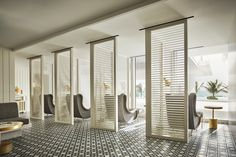 Have you been to our Susanne Kaufmann Spa at the Four Seasons Hotel at Miami Surfside yet? It's just one of our many Destination Spas around the world. Interior Design Magazine, Spa Interior Design, Interior Design Software, Interior Design Images, Beauty Salon Interior, Spa Design, Salon Design, Design Ideas, Four Seasons Surf Club