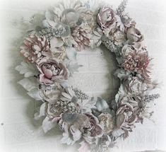 My Shabby Chateau: Spray Painted Wreath