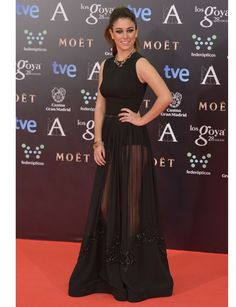 Blanca Suárez http://www.marie-claire.es/moda/tendencias/fotos/premios-goya-2014-alfombra-roja/blanca-suarez-4
