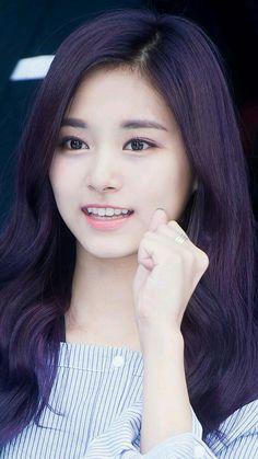 Fighting!! Kpop Girl Groups, Korean Girl Groups, Kpop Girls, Pretty Asian, Beautiful Asian Girls, Korean Beauty, Asian Beauty, Twice Tzuyu, Chou Tzu Yu