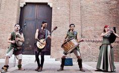 Dal 23 agosto al 1° settembre si svolge il Ferrara Buskers Festival ... la più grande manifestazione al mondo dedicata all'arte di strada ... da non perdere !