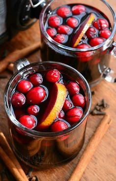 Crock Pot Spiced Orange Cranberry Sangria | from willcookforsmiles.com
