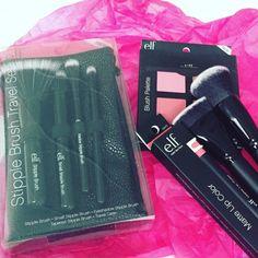 Elf Italia: blush, rossetto e pennelli  #Review #Photo #Swatches #letentazionidilaura #beautyblogger #ibblogger #makeup @elfcosmeticsita