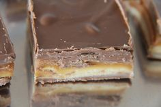 A Bountiful Kitchen: Billion Dollar Bars aka Homemade Candy Bars