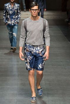 See the complete Dolce & Gabbana Spring 2016 Menswear collection.