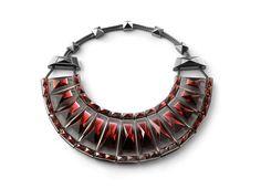 Le collier Louxor de Baccarat 250 ans Elie Top
