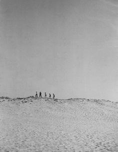 Bord de mer avant 1939  ¤ Robert Doisneau   3 août 2015   Atelier Robert Doisneau   Site officiel