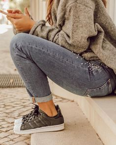 Adidas superstar outfit Winter look Fashion street style