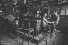 philadelphia dive bar engagement photos