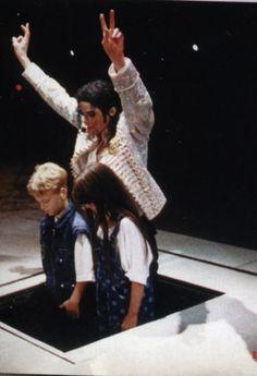 <3 Michael Jackson <3 - so cute! :)