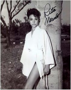 Rita Moreno Signed West Side Story Singin' in The Rain oz Photo with COA Old Hollywood, Viejo Hollywood, Hollywood Glamour, Classic Hollywood, Rita Moreno, Divas, Female Actresses, Actors & Actresses, Classic Actresses