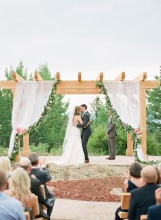 Photography: Connie Dai Photography - www.conniedaiphotography.com  Read More: http://www.stylemepretty.com/2014/12/12/blush-pink-mountain-lodge-wedding/