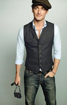 Live this ❤️ casual groom attire. vest and jeans. I like the idea of a groom being casual Sharp Dressed Man, Well Dressed Men, Fashion Mode, Look Fashion, Fashion Vest, Funky Fashion, Indie Fashion, Fashion Outfits, Hipster Fashion