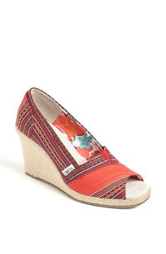 I just fell in love!    (but why, oh why do all wedge espadrilles have to be 3+inches?  that makes me 6'1'' folks!)