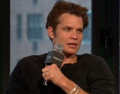 Click on this link http://www.aol.com/build/519552824/ or copy and paste it to your address bar to see Timothy Olyphant's AOL interview about his new play.