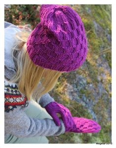 Megetar: Pipo ja lapaset ristikkopalmikolla + ohje palmikolle Knit Crochet, Crochet Hats, Winter Hats, Beanie, Knitting, Fashion, Crocheted Hats, Moda, Tricot