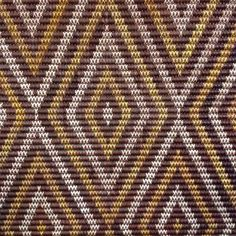 Tukemata Tukemata literally means 'eyebrows', but this design, with its notched zigzag patterns, has different meanings in different regions. Flax Weaving, Weaving Art, Weaving Patterns, Basket Weaving, Maori Designs, Maori Patterns, Polynesian Art, Nz Art, Maori Art