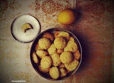 Fotó: Krumpli Béla  Ebben a kekszben annyi íz van, hogy nem tudja befogadni a fejem - mondta J, majd jóízűen elfogyasztott még egyet.
