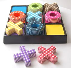Decopatch tic tac toe (noughts and crosses) game.