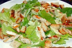 Salata Caesar cu piept de pui