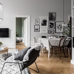 decordots: Cozy apartment in shades of grey