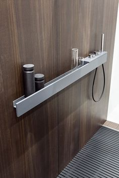 Bathroom wall shelf LIFE SHELF by MAKRO