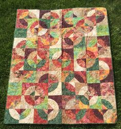 Cozy Curves quilt by jeccasquilts on Etsy