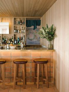 Complementing our culinary program, The Bar at Saline uses all fresh ingredients with a nod to Middle Eastern spices and flavors. Natural Interior, Bar Interior, Cereal Magazine, Natural Wood Finish, Great Hotel, Restaurant Bar, Restaurant Interiors, Restaurant Design, Minimalist Interior