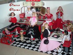 Barbie Diorama - 50's diner Coca Cola | Flickr - Photo Sharing!
