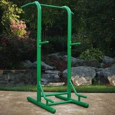outdoor pull up bar diy - Google Search Outdoor Pull Up Bar, Diy Pull Up Bar, Outdoor Gym, Diy Bar, Workouts Outside, Outdoor Workouts, Fun Workouts, At Home Workouts, Outdoor Fitness Equipment