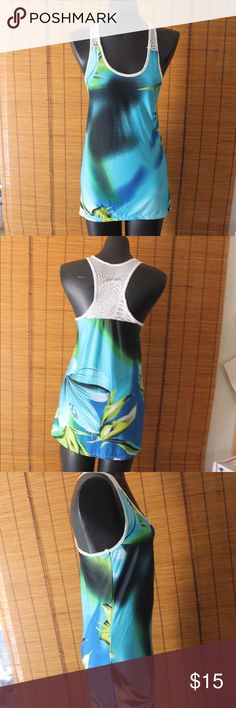 Play Haus hibiscus racer back crocheted tank top Play Haus ocean tone racer back crocheted tank top RN# 57096 self: 92% polyester 8% spandex contrast: 100% polyester style # KERL09 cut # 9849 size M LF Tops Tank Tops