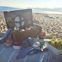 Beach Picnic at the LC Lauren Conrad for Kohl's Photoshoot